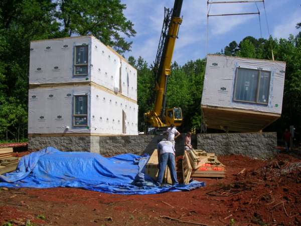 Working building the modular house